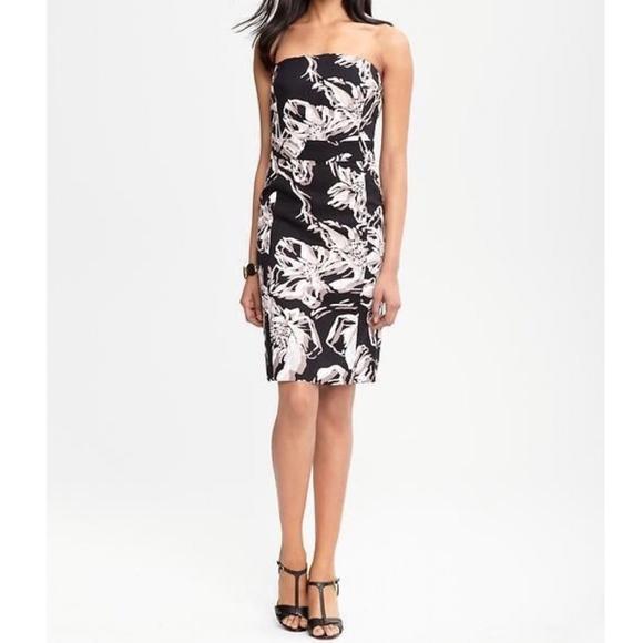 a2f9ff97c3 Banana Republic Dresses   Skirts - Banana Republic Black Floral Strapless  Linen Dress